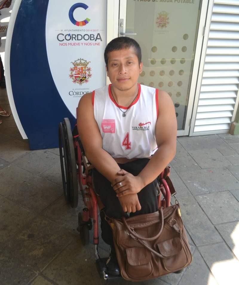 Parece trampa que no podamos subir al segundo piso del palacio: Deportista paralímpico