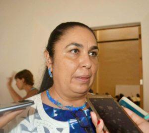 Sara Ladrón de Guevara, rectora de la UV.
