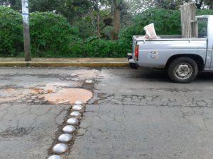 en-pesimas-condiciones-avenidas-principales-de-totutla-2
