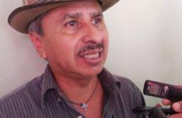 Denuncian a secretario del Ayuntamiento de Zongolica, por quedarse con atados de lámina